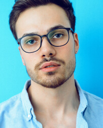 man wearing glasses avatar Ainehome Store